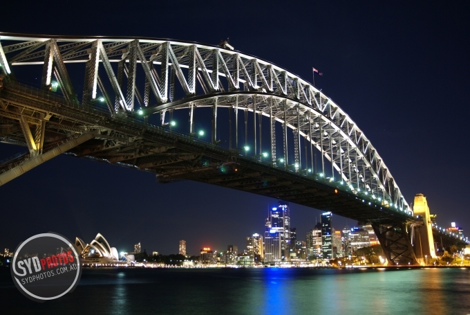 harbor bridge.jpg, By Photographer Chris, Created on 29 Dec 2010, SYDPHOTOS Photography all rights reserved.