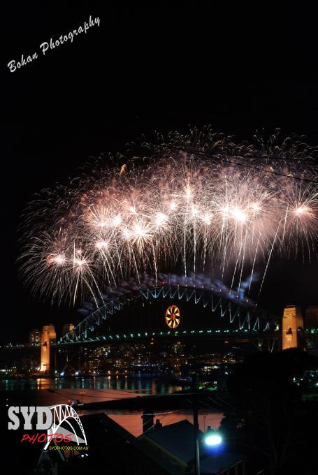 Sydney - new year eve, By Photographer Chris, Created on 26 Jul 2010, SYDPHOTOS Photography all rights reserved.