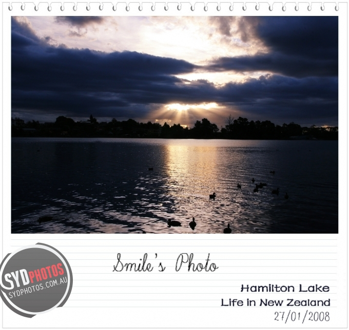 HAMILTON LAKE, By Photographer Smile, Created on 22 Mar 2011, SYDPHOTOS Photography all rights reserved.