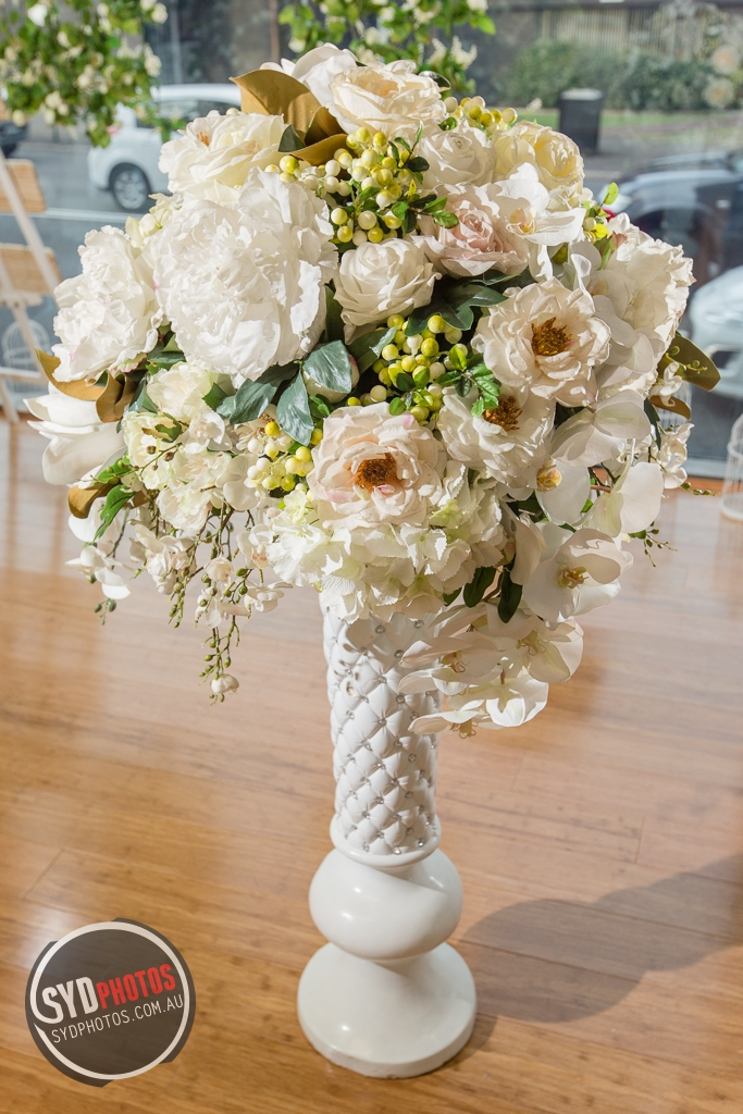 White Floral Pedestal (Item-0020), By Photographer Wedding.Plan, Created on 20 Apr 2016, SYDPHOTOS Photography all rights reserved.