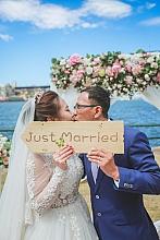 SydEvents悉尼婚礼策划是SYDPHOTOS国际集团的子品牌,专注于打造华人第一品牌。高质量婚纱摄影、婚礼策划、场地布置、婚礼证婚、婚车、婚礼蛋糕、婚礼鲜花一条龙服务。